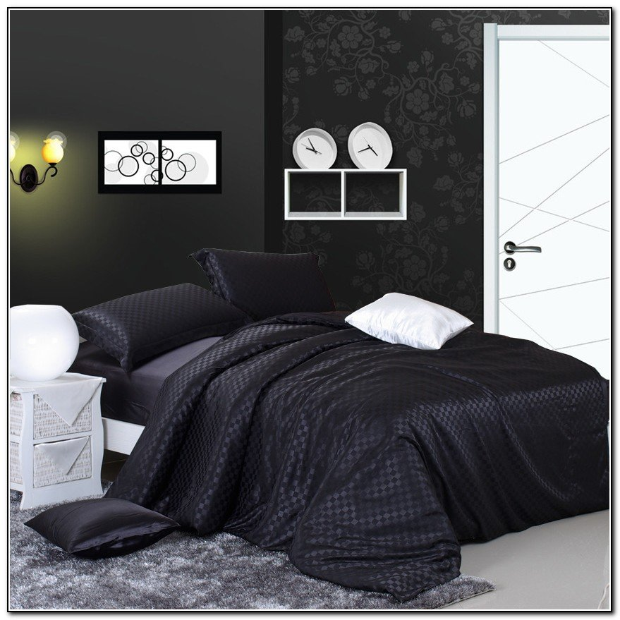 lenjerie de pat neagră