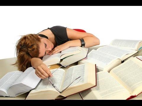 Cum să înveți pentru examene – trucuri pentru memorie