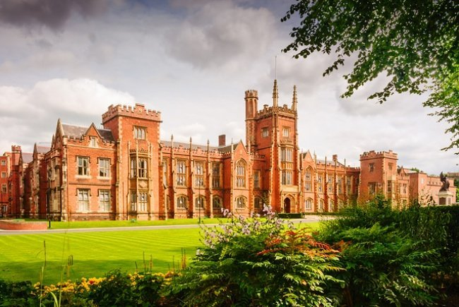 6. Queen's University Belfast, Northern Ireland